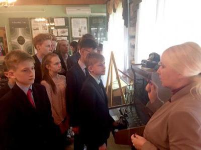 21 мая 2019 г. Пензенские школьники знакомятся с предприятиями города, построенными в годы Великой Отечественной войны 1941-1945гг.